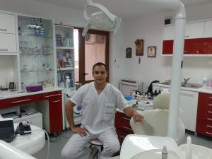 Д-р Ангелов